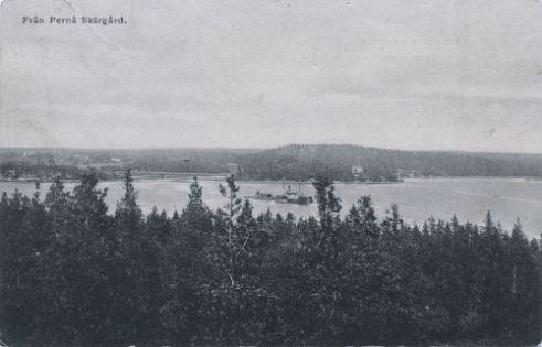 Maisemakortti Sjögårdista Pernajanlahdelle, vuodelta 1912. (Peter Heleniuksen kokoelmista.)
